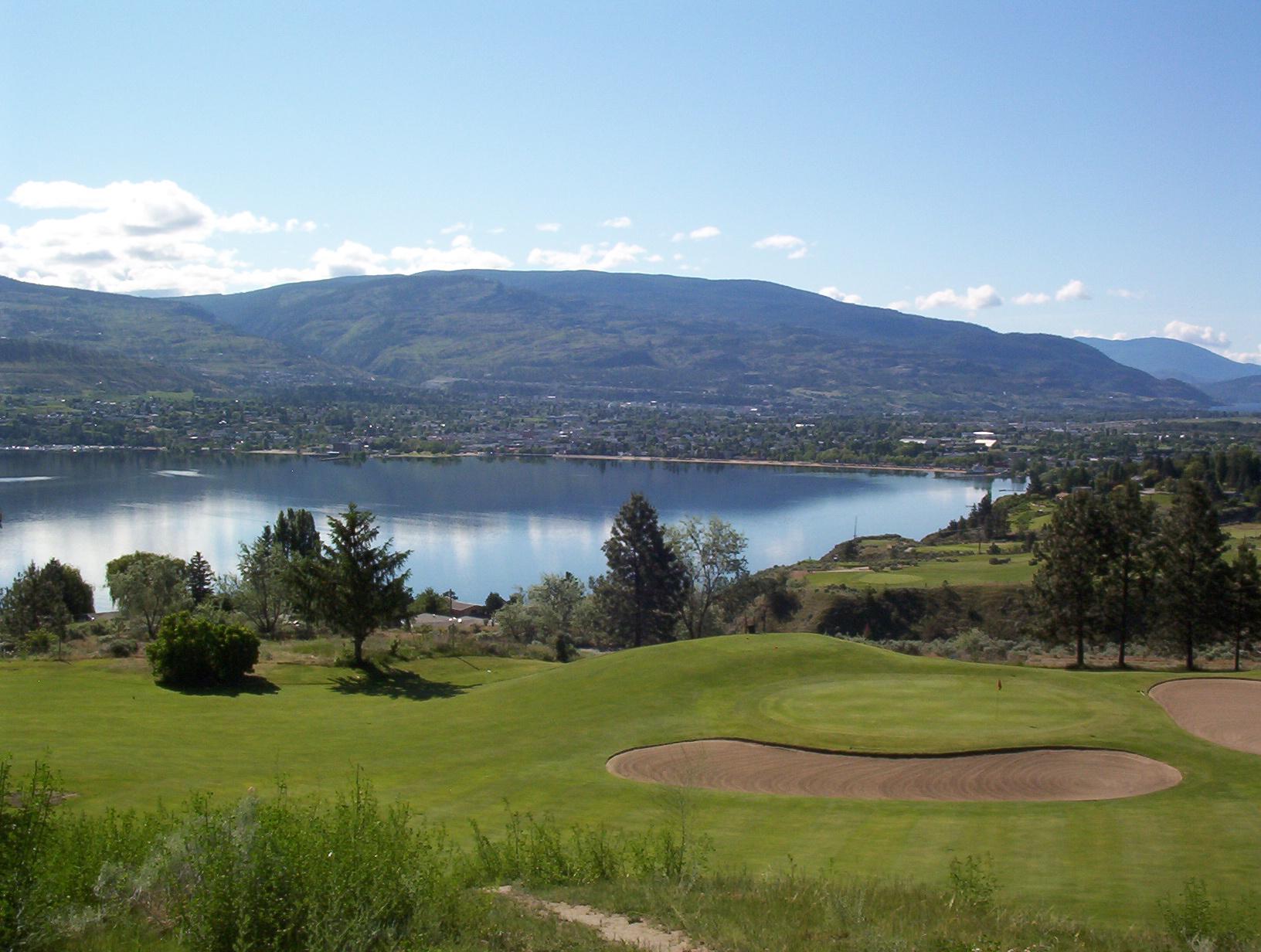 Golf Penticton Pine Hills Par 3 Golf Club Penticton